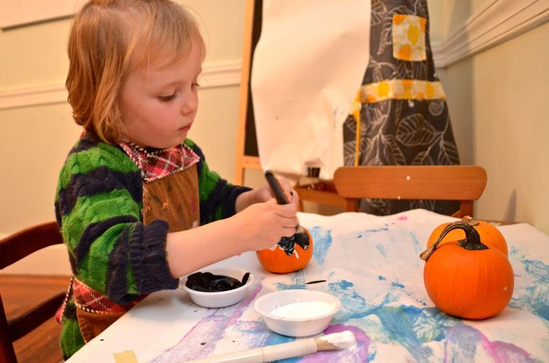 Junebug-pumpkin-painting-toddler-art