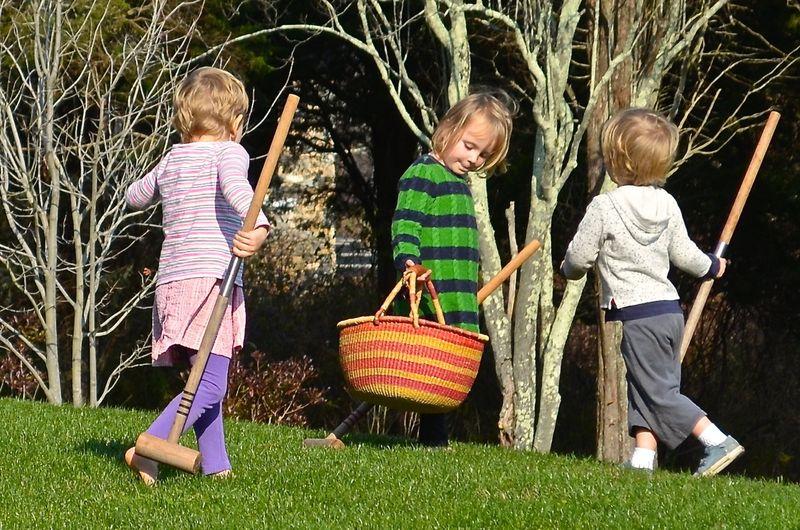 Junebug-friends-playing-mallets-basket