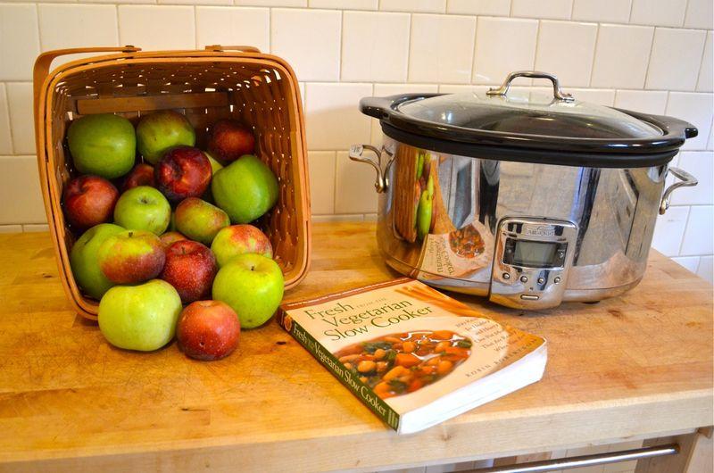 Apple-pie-a-la-mode-slow-cooker-apples-picked