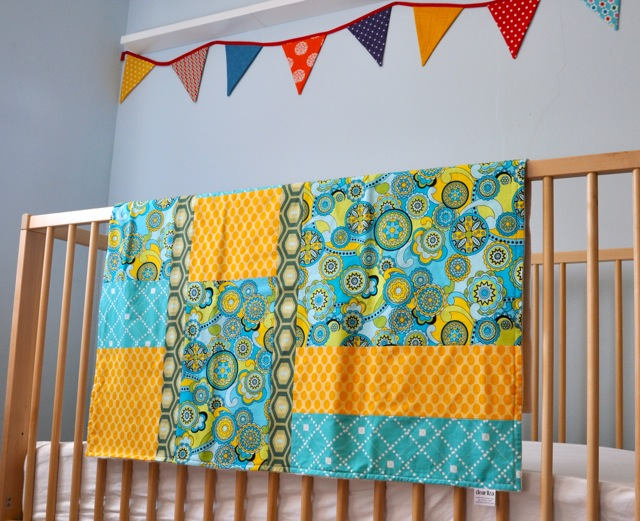 Yellow_blue_quilt_and_bunting