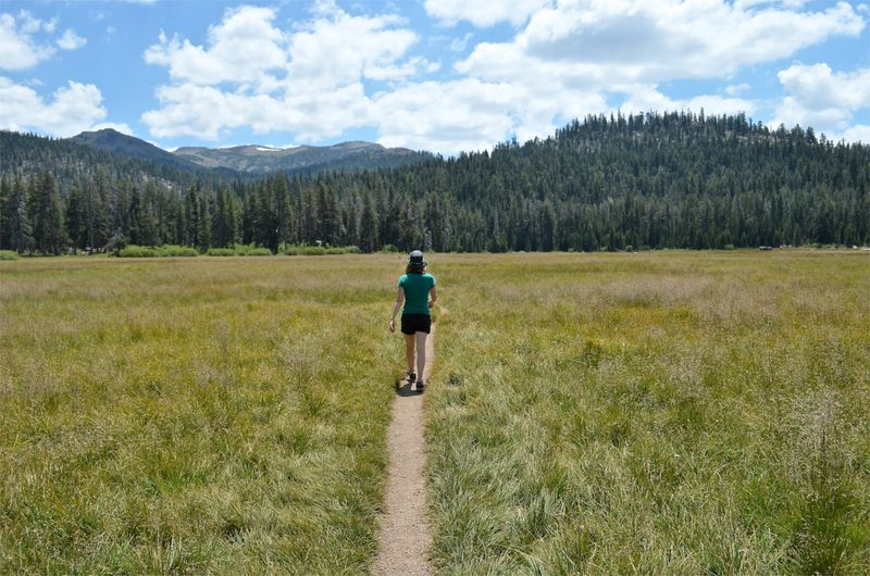 Sierras-anniversary-hike-getaway-california01