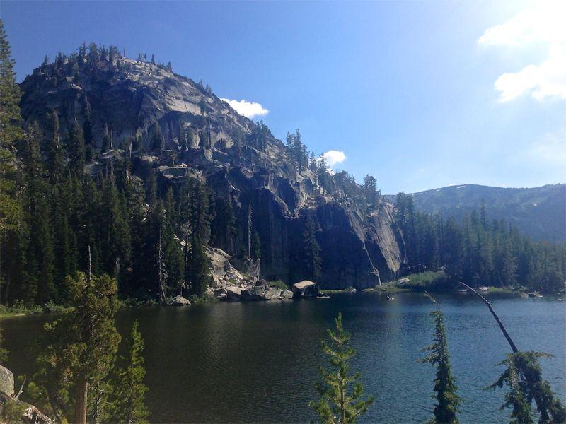 Sierras-anniversary-hike-getaway-california09